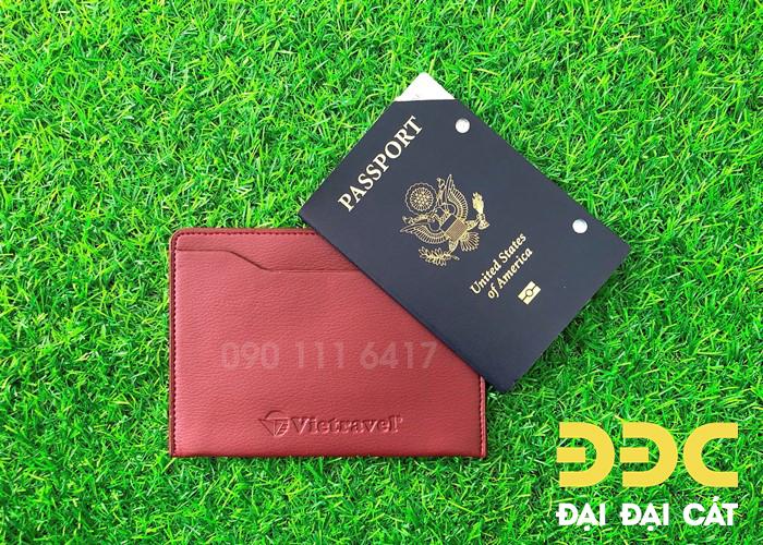 vi-passport-holder2.jpg